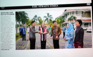 Ministers visit Sultan of johor